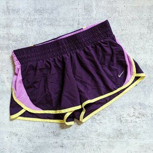NIKE Dri-Fit Tempo Running Shorts Purple MEDIUM